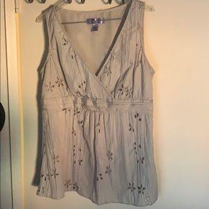Nine&Co. sleeveless blouse